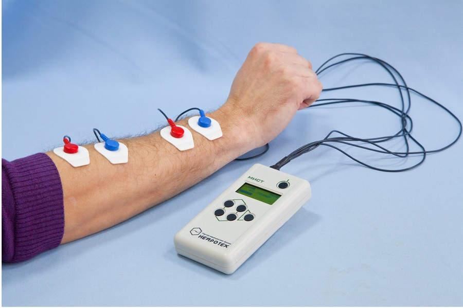 вариант профессиональный электронный стимулятор мышц для ног в казани для