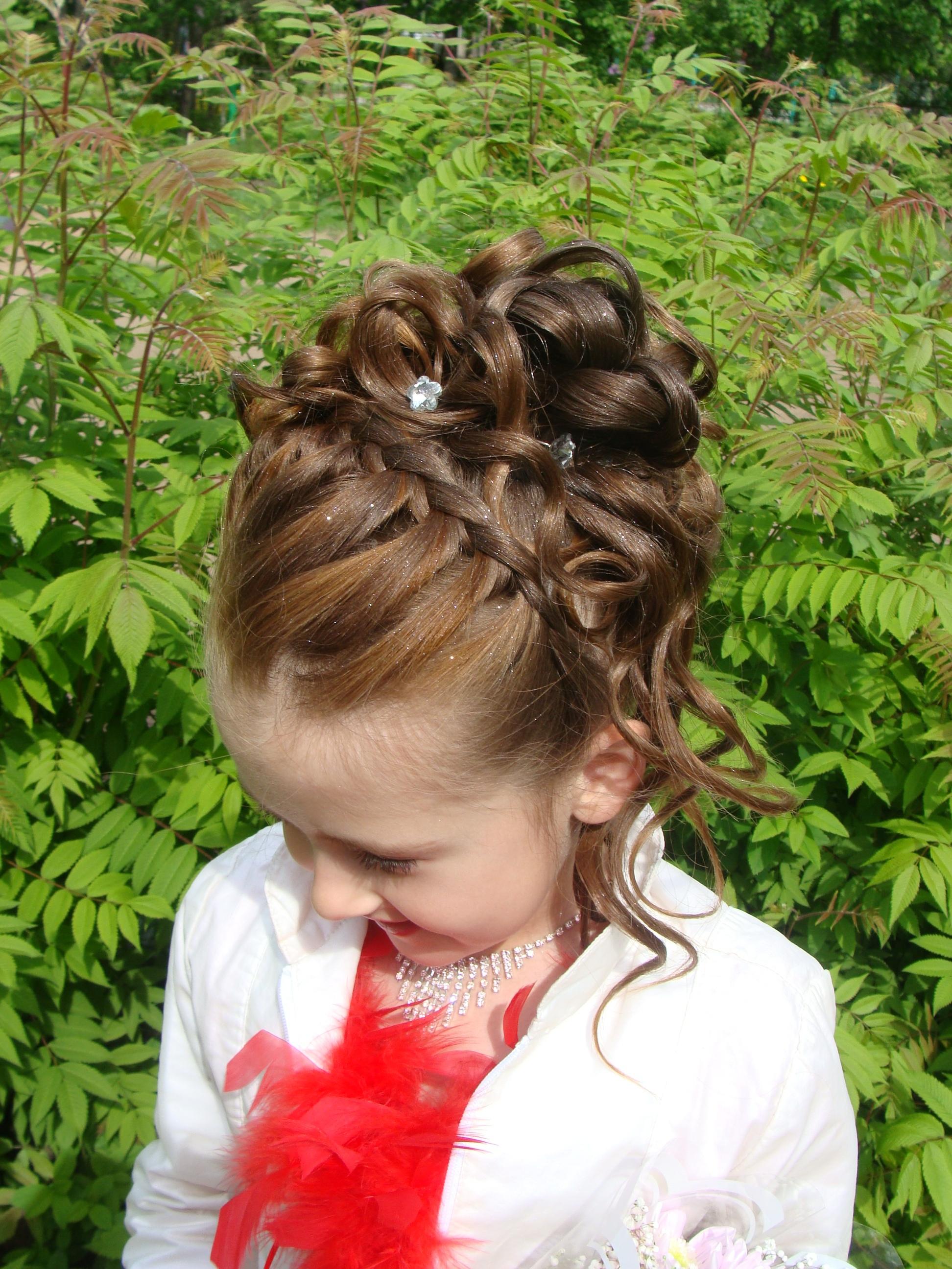 Браслет из кожи косичкой косички с лентами короткие волосы фото